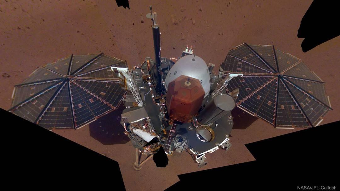 封面:洞察号在火星上今日自拍,你看到了吗?