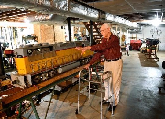 业余界:英雄迟暮丨这位104岁老火腿对阿波罗载人登月贡献重大