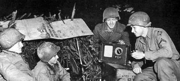 """走进""""蚊子网络"""":揭秘美国军用无线广播电台诞生的尘封往事"""