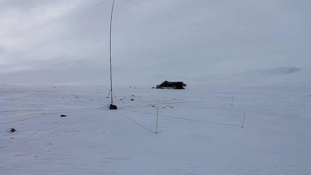 R71RRC远征AS-071,看着都嫌冷