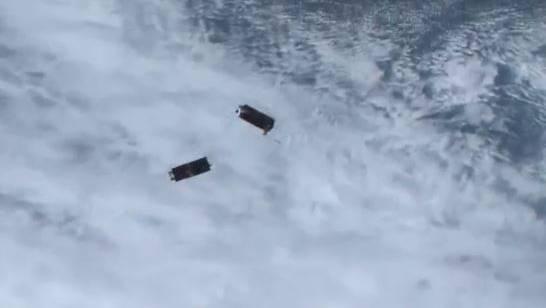 Dove小卫星部署到低地轨道上的视频