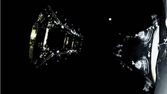SpaceX成功发射10颗通讯卫星